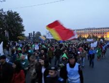 Proteste fata de Rosia Montana in Cluj, Sibiu si Timisoara: Nu corporatia face legislatia!