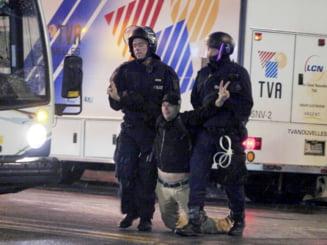 Proteste in Quebec: Zeci de tineri arestati, cu mainile legate cu fire albe din plastic