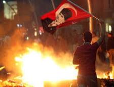 Proteste in Turcia: Grevistii cer demisia lui Erdogan, studentii straini vor sa plece