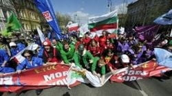Proteste in Ungaria fata de masurile de austeritate si noua Constitutii