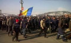 Proteste in Valea Jiului: O delegatie a minerilor a plecat spre Bucuresti