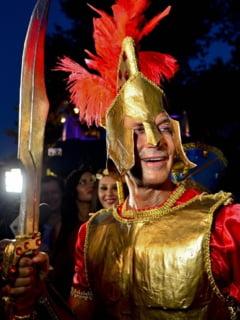 Proteste in prag de carnaval la Constanta: Mazare, acuzat ca baga toti banii in Mamaia