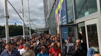 Proteste la Bucuresti si Sibiu, dupa ce mii de romani nu au reusit sa voteze: Dragnea, nu uita, te asteapta Rahova!