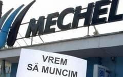 Proteste la Mechel Targoviste - Fostii angajati au blocat din nou DN 72 (Video)