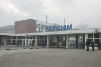 Proteste la Oltchim: Fosti angajati, nemultimiti ca nu si-au primit banii promisi