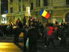 """Proteste la Universitate: Bataie si """"Jandarmii e cu noi"""" - Reportaj Ziare.com (foto-video)"""