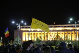 Protestele #rezist nu contenesc: Kovesi, keep calm and keep going! (Galerie foto & video)