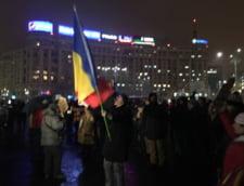 Protestele au continuat si vineri seara in fata Guvernului, unde s-a cerut din nou demisia lui Tudorel Toader