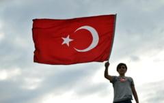Protestele din Turcia nu puteau ramane fara urmari: Zeci de persoane au fost retinute