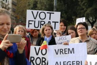 Protestele la Chisinau si in diaspora continua: Se cere repetarea alegerilor din R. Moldova