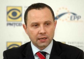 Protocol intre PNTCD si Initiativa Romania Liberala - se vrea relansarea partidului