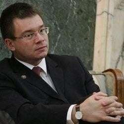 Prunariu: Ungureanu a blocat restituirea Tezaurului