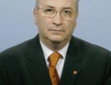 Puiu Hasotti (PNL): Cea mai mare nerealizare din 2011 - ramanerea la putere a Guvernului Boc