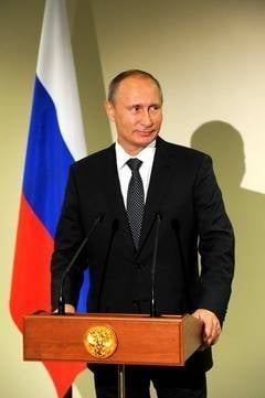 Putin: Vom moderniza arsenalul nuclear. Armamentul SUA in Europa, o amenintare