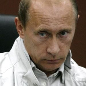 "Putin a vizitat un club de motociclisti ""patrioti"""