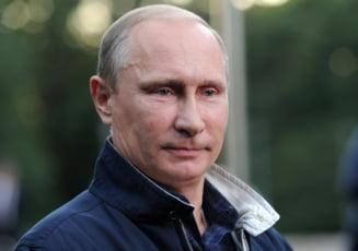 Putin da startul stafetei tortei olimpice (Video)