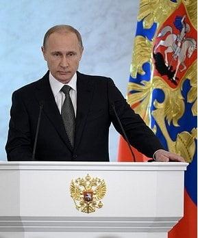 Putin nu a primit nota de trecere pentru modul in care a gestionat criza: Economia Rusiei in 2016