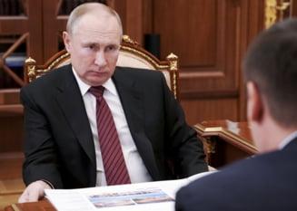 """Putin nu vrea sa vorbeasca despre vaccinul cu care s-a injectat. """"Nu este un gest de om serios"""""""