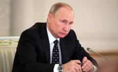Putin recunoaste ca fosta sa cariera de spion l-a ajutat sa ajunga presedintele Rusiei