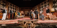 RECENZIE. Crime perfecte (si momente amuzante) pe scena Teatrului National Targu Mures