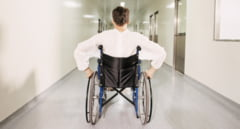 REPORTAJ: Viata in scaunul rulant, intr-o lume in care oamenii tind sa se grabeasca