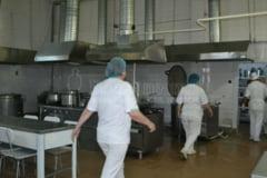 REPORTAJ in bucataria unde se gatesc TONE de ciorbe pentru sute de botosaneni- GALERIE FOTO