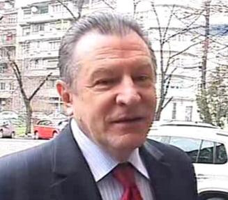 Radu Berceanu nu vede utila o demisie a premierului Boc