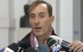 Radu Mazare, reclamat la Parchet pentru tunsoarea si mustata a la Hitler. Cum raspunde