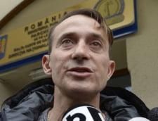 Radu Mazare a ajuns la Rahova, dupa ce avionul a aterizat cu intarziere din cauza vremii UPDATE