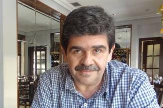 """Radu Paraschivescu desfiinteaza un editorialist de sport: """"Pistolul de presa al Securitatii"""""""