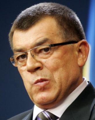 Radu Stroe, mustrat de liberali pentru noul Cod Rutier