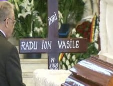 Radu Vasile, inmormantat cu onoruri militare