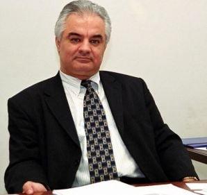 Radulescu (BNR): Daca as fi ministrul Finantelor, as majora accizele la carburanti