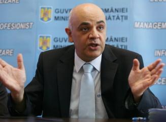 Raed Arafat, ministru al Sanatatii - Basescu a semnat decretul, urmeaza investirea