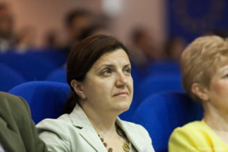 Raluca Pruna crede ca intentia MAI de a pedepsi ultrajul cu inchisoarea are legatura cu protestele sociale