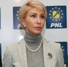 Raluca Turcan: Guvernul duce Romania spre o criza ca cea din 2008. Jupoaie firmele, deficitul creste, investitii zero