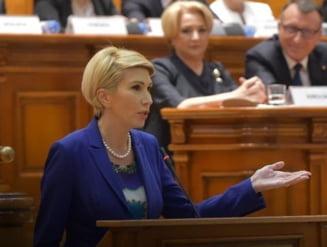 Raluca Turcan: Viorica Dancila ar trebui sa inceapa campania cu citirea Constitutiei