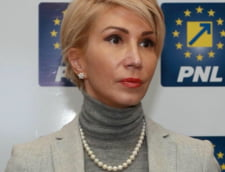 Raluca Turcan acuza presiuni din PSD pe semnatarii motiunii: Li se ofera functii publice. Este o stare de asediu