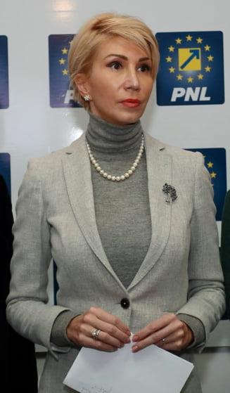 Raluca Turcan merge din partea PNL la consultarile cu Iohannis. Ce spune despre varianta Dragnea premier