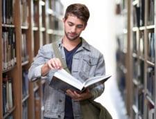 Raman deschise publicului muzeele si bibliotecile, anunta ministrul Culturii