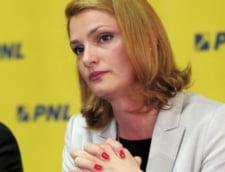 Ramona Manescu: Daca Gruia Stoica nu plateste luni, privatizarea CFR Marfa va esua