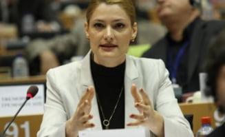 Ramona Manescu, catre Reding: De ce niciun raport nu s-a referit la coruptia PDL?