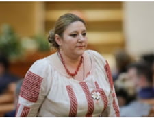 "Raportul Senatului in cazul Dianei Sosoaca: ""Incalca deontologia parlamentara, normele de conduita, demnitatea functiei"" DOCUMENT"