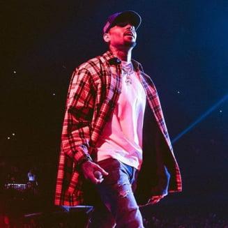Rapperul Chris Brown a fost arestat imediat dupa un concert