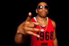 Rapperul Nelly, arestat pentru posesie de droguri: Ce-a gasit politia in autocarul sau