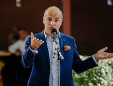 Rares Bogdan, aluzie la Dan Barna in scandalul ochelarilor: Nu e normal un comportament care sa semene cu cel al lui Adrian Nastase