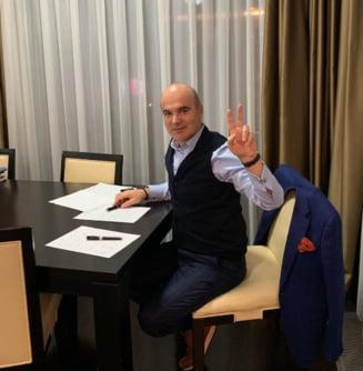 Rares Bogdan s-a reinscris in PNL. Va fi cap de lista la europarlamentare?