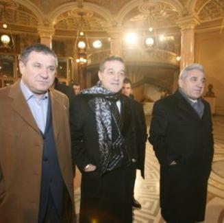 Razboi deschis intre familiile Becali si Lucescu