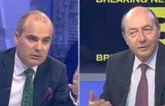 """Razboiul dintre Traian Basescu si Rares Bogdan continua: """"Ticalosul"""" vs. """"noul Gadea+SRS"""""""