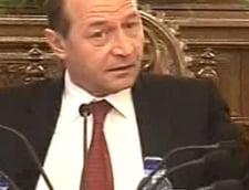 Razboiul epistolar Basescu - Olteanu continua cu scrisoarea a III-a si a IV-a